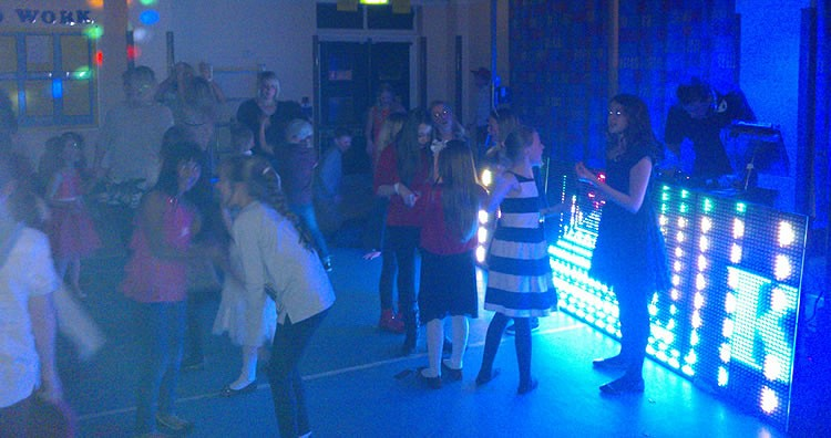 mobile DJ Derbyshire - Childrens parties