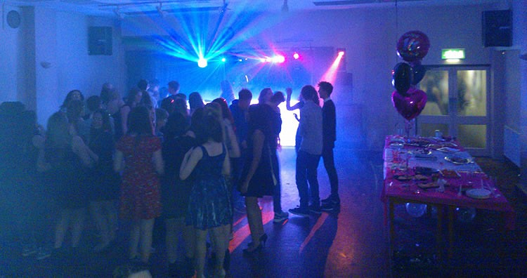 mobile DJ Derby - Childrens party KPD Sounds