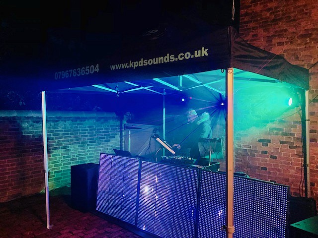 Get the party started and keep it going KPD Sounds professional entertainers covering the whole of the East Midlands, based in Derby and Nottingham
